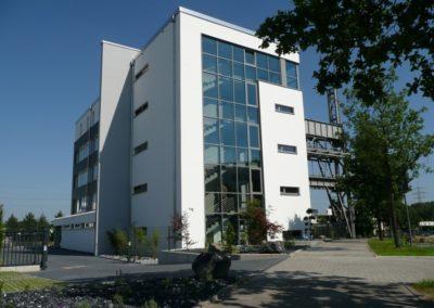 233 | Bürogebäude