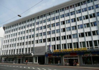 313 | Wohn- und Geschäftshaus
